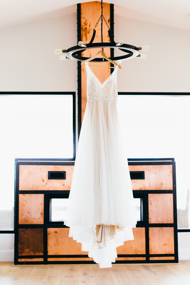 Modern Wedding Dress - Holley Elizabeth Photography
