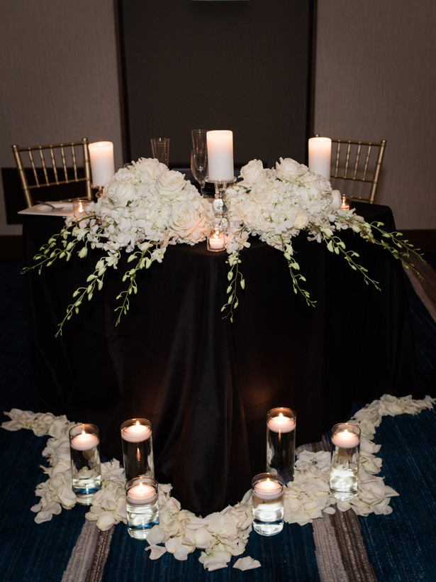 Modern black and white wedding sweetheart table - Flashy Mama Photography