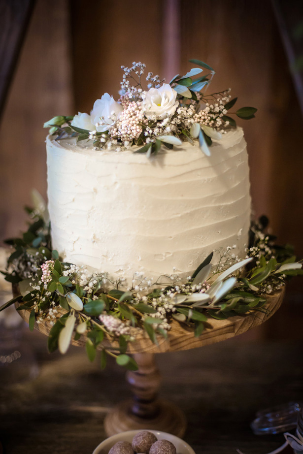Organic Modern Wedding Cake - What A Day Wedding Photography
