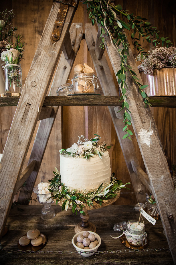 Organic Modern Wedding Cake table - What A Day Wedding Photography