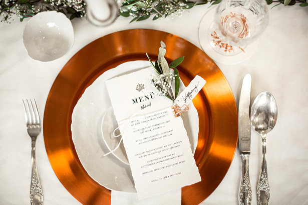 Organic Modern Wedding Place setting - What A Day Wedding Photography