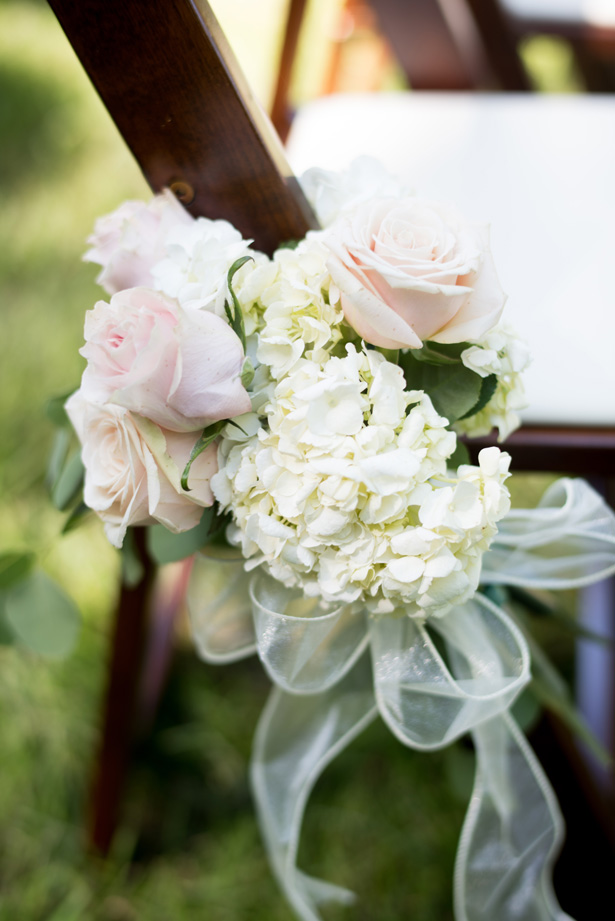 Outdoor Wedding Flowers - Shane Hawkins Photography