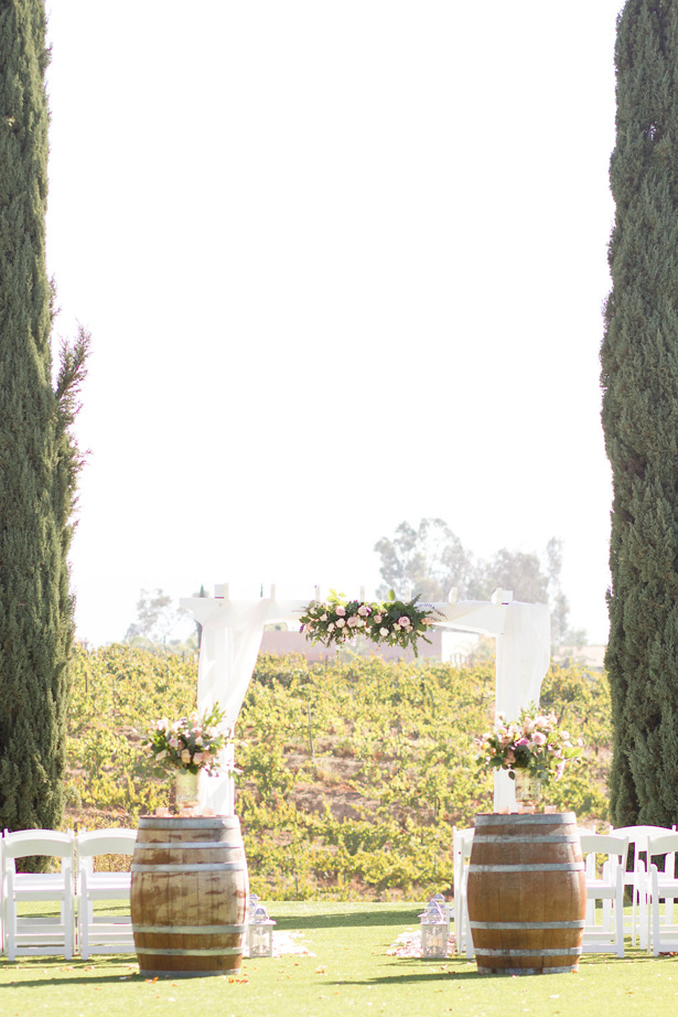 Outdoor winery wedding ceremony - Janita Mestre Photography