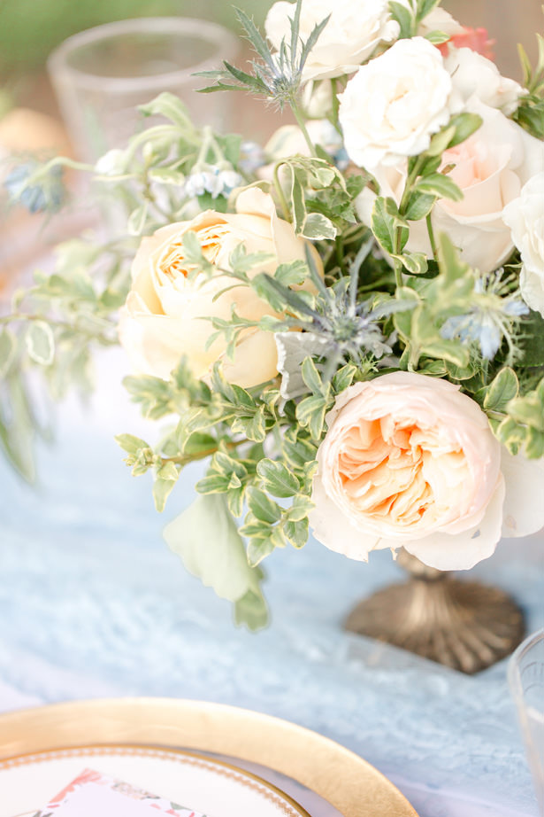 Peach garden rose wedding centerpiece - Idalia Photography