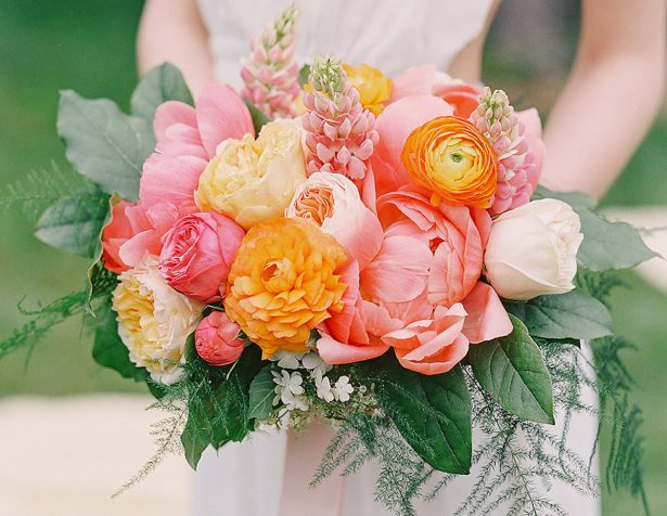 Bright and Colorful End Of Summer Wedding Inspiration Filled With Romance