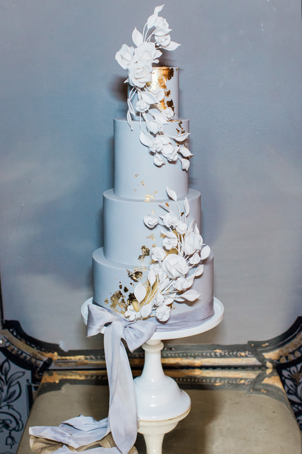 Luxe Romance modern gray wedding cake with gold details and with sugar flowers - Amanda Karen Photography