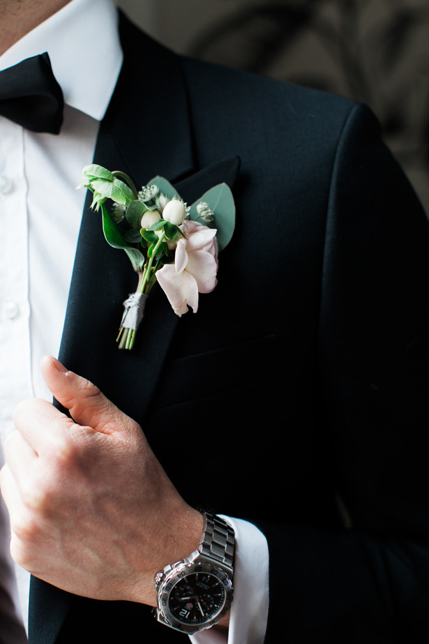 Wedding boutonniere - Amanda Karen Photography