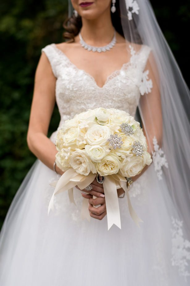 White rose classic wedding bouquet - Photographer: Julia Franzosa