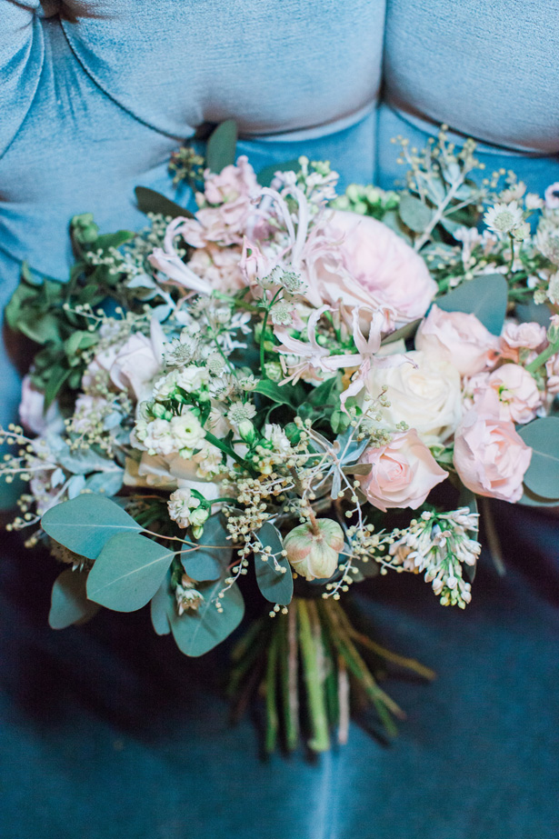 Wild wedding bouque with greenery and pink rose - Amanda Karen Photography