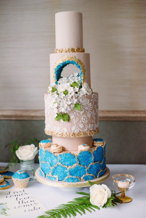 Luxe Wedding Cake with Macaroons - Tell Your Story Photography