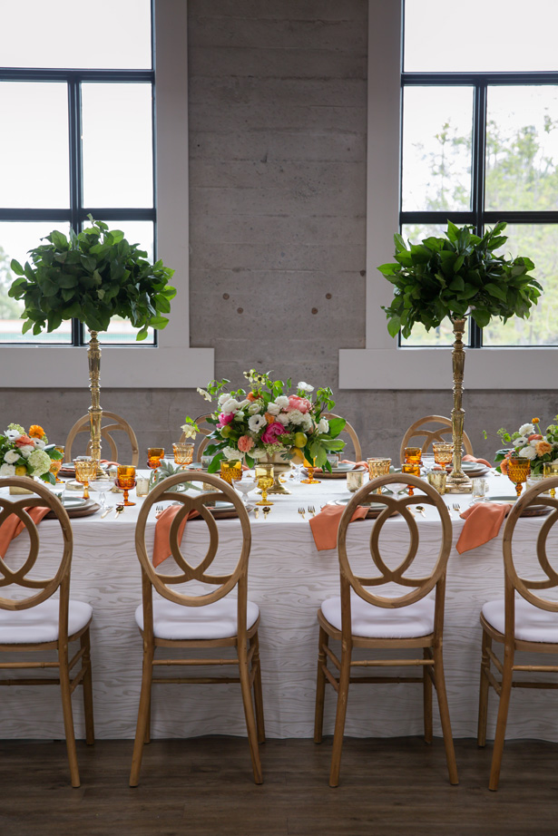 Modern wedding tablescape with citrus hues - OANA FOTO
