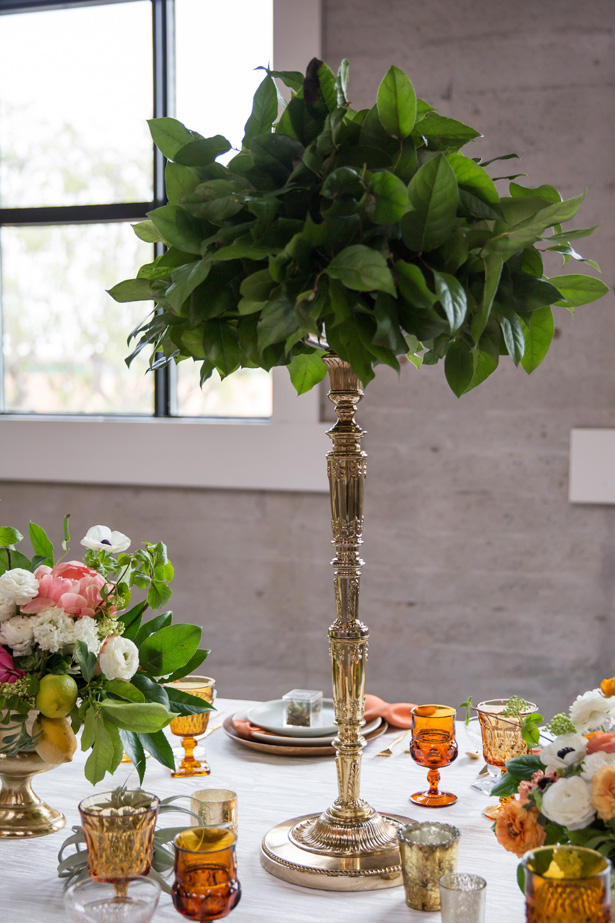 Tall greenery wedding centerpiece - OANA FOTO