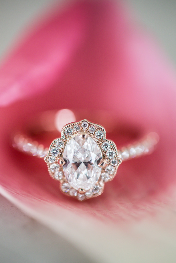 Vintage engagement ring - OANA FOTO