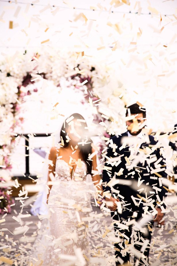 Wedding confetti - Photography: Adam Opris