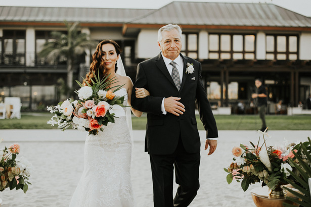 Father of the bride walk - Amy Lynn Photography
