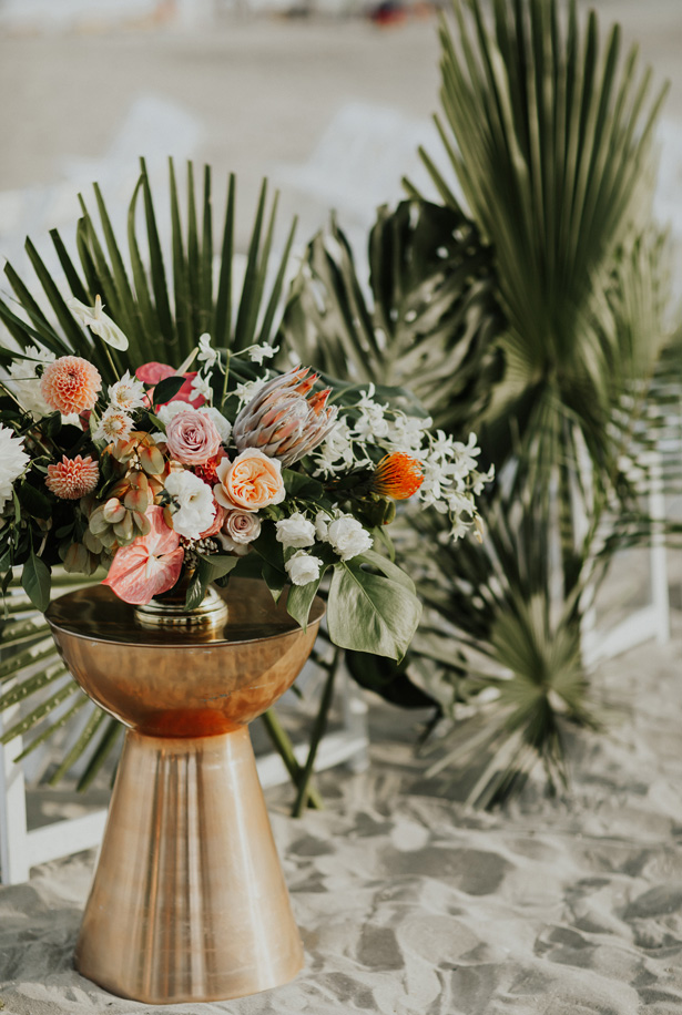 Glamorous Tropical Wedding Flowers - Amy Lynn Photography
