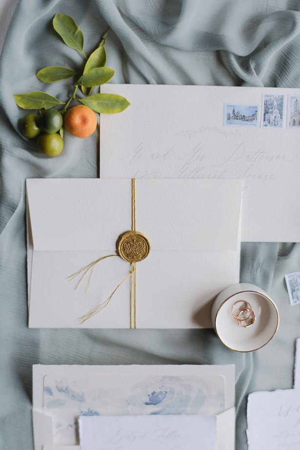 elegant wedding Invitation with wax seal - Sephory Photography