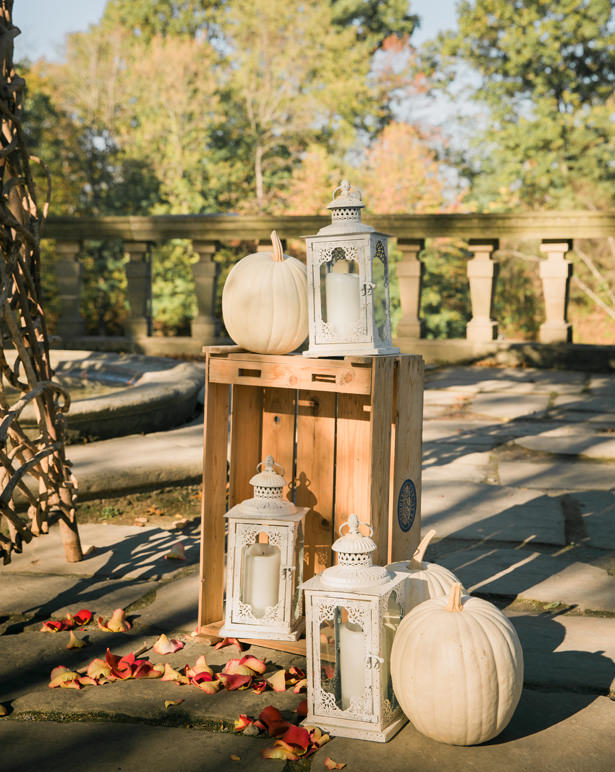 fall wedding decor - Imagine It Photography