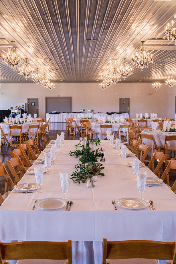 long wedding table - Holly Marie Photogra
