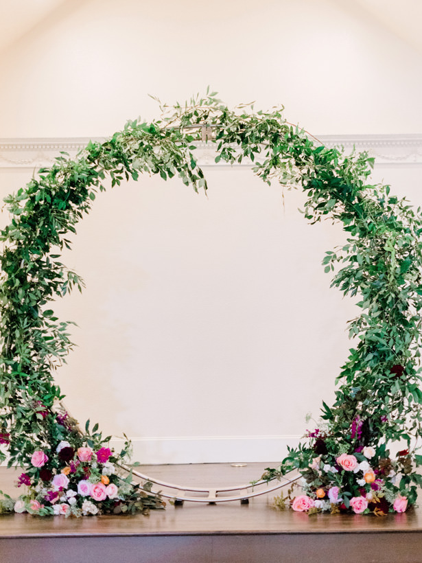 round Wedding Arch - Rachel Elaine Photo