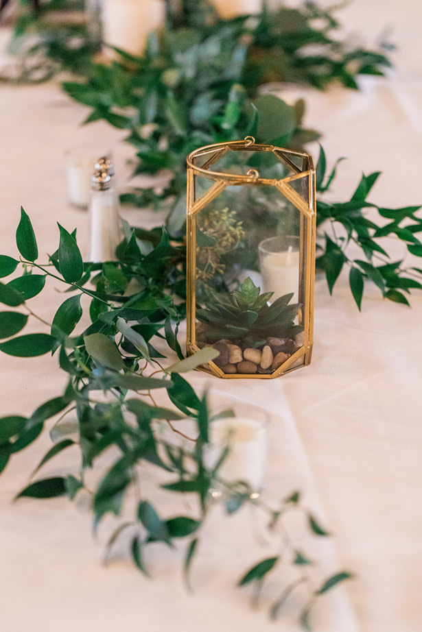 wedding greenery - Holly Marie Photography
