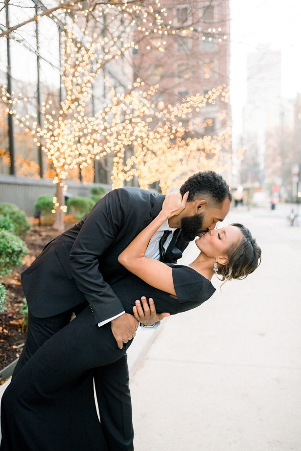 Holiday Engagement Photo Ideas - Lisa Hufford Photography