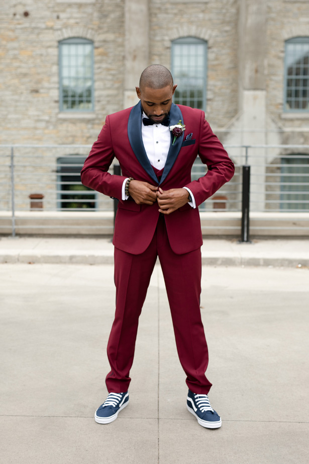Groom burgundy suit and sneakers - Alice Hq Photography