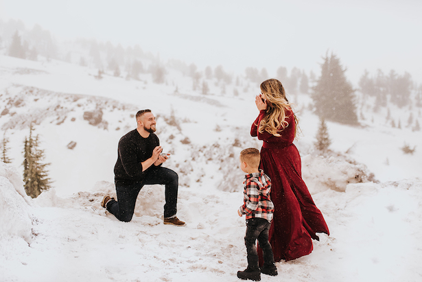 Holiday Proposal - Baylee Dennis Photography