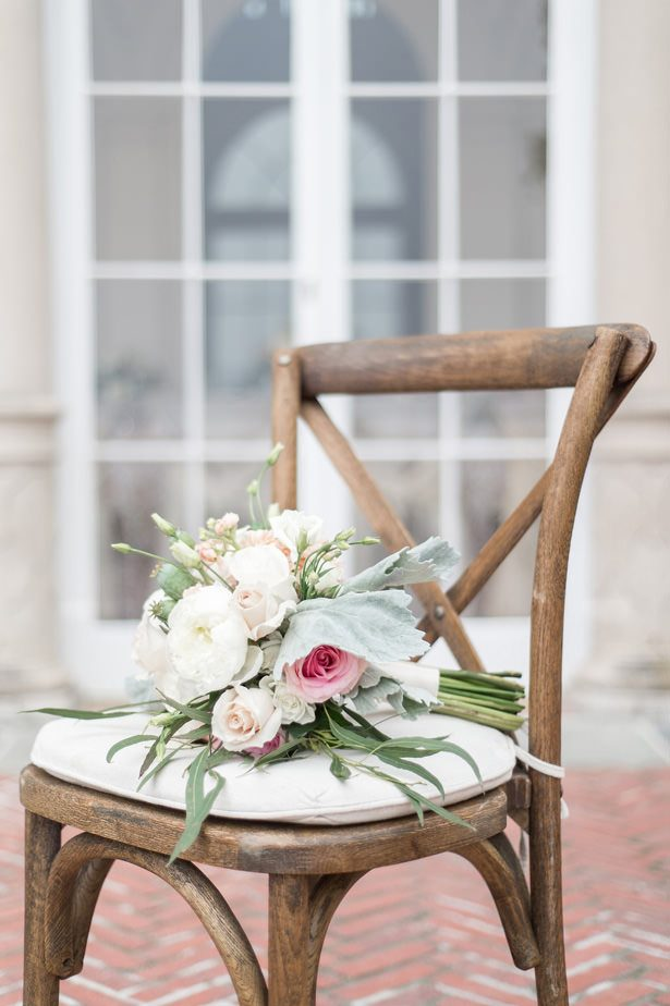 Romantic wedding bouquet - Lynne Reznick Photography