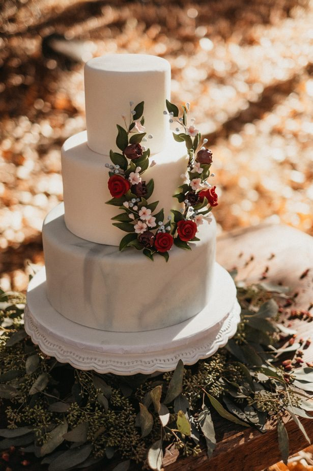 Winter Wedding Cake - Quattro Studios