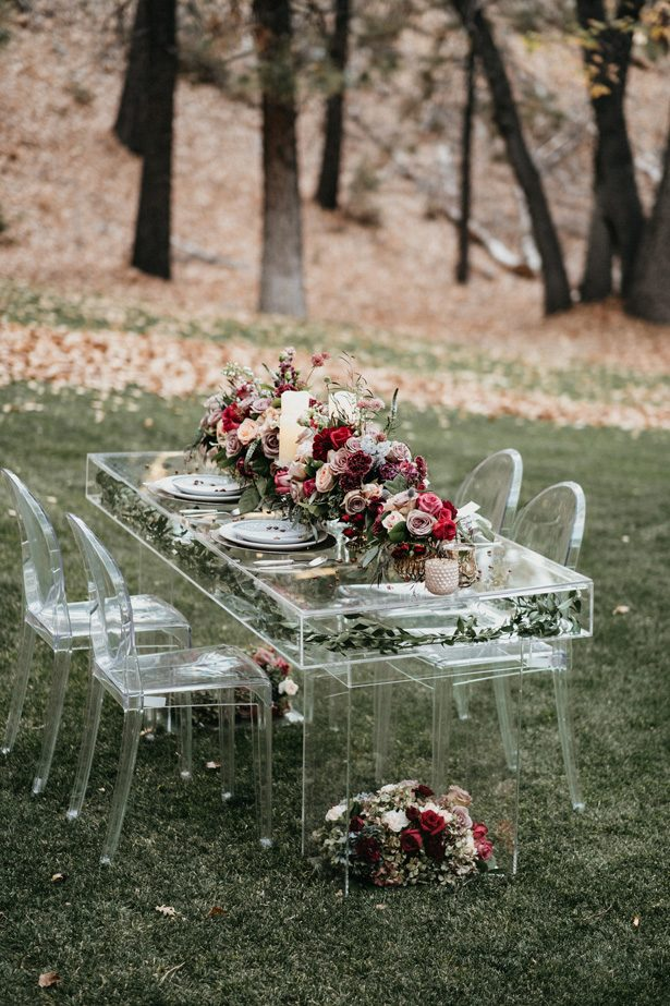 acrylic wedding table - The Blushing Details / Quattro Studios