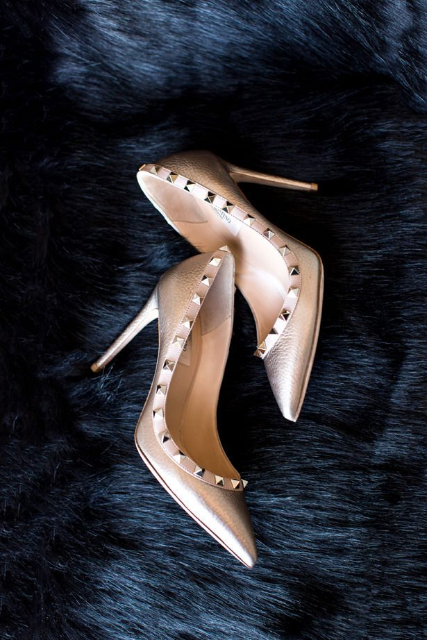 gold wedding shoes - Abby Anderson