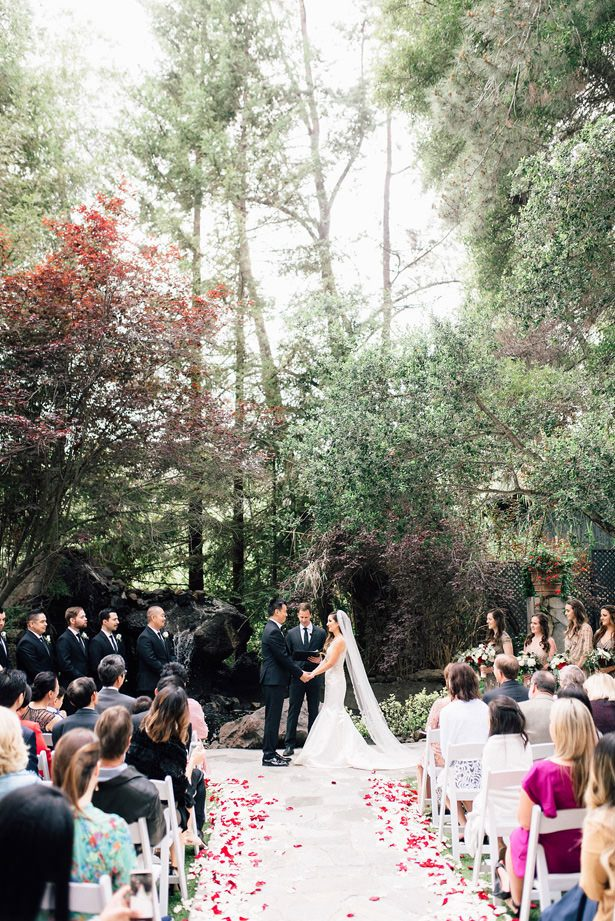 gorgeous outdoor wedding ceremony - XO and Fetti Photography