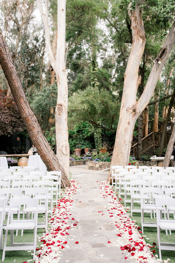 outdoor wedding ceremony - XO and Fetti Photography