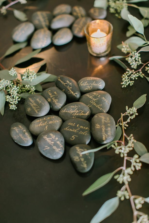 Unique wedding escort cards - Unique Ways to Incorporate Calligraphy Into Your Wedding - Love and Light Photography