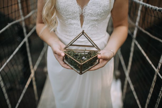 Wedding ring box with moss - Kendra Harper Photography