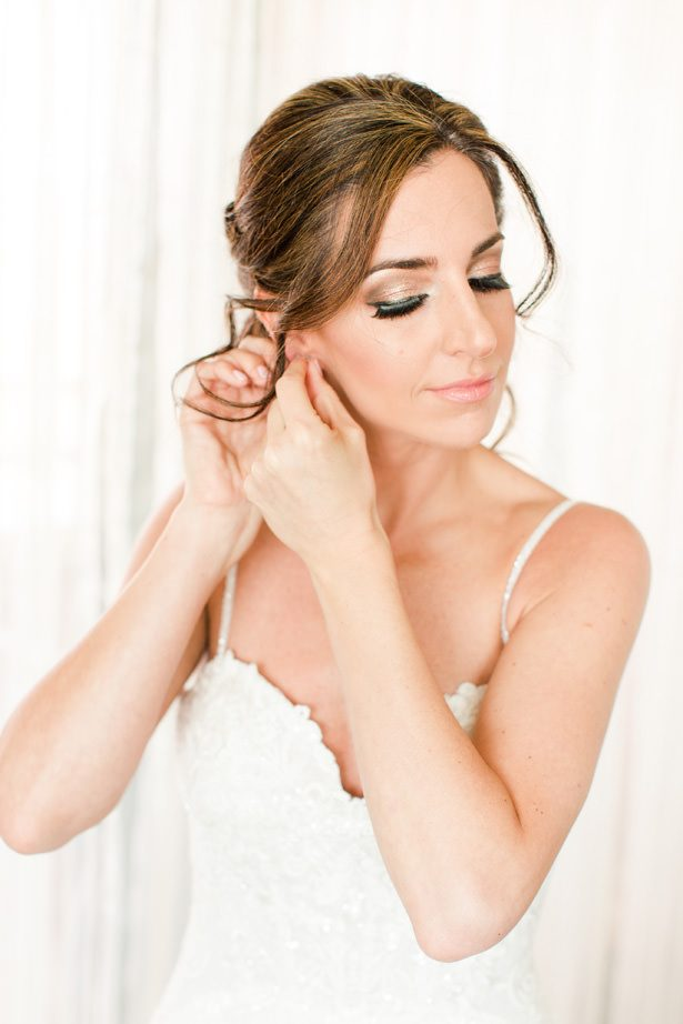 bride hair and makeup - Bethanne Arthur Photography