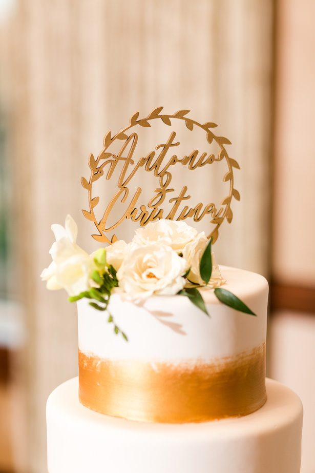 gold wedding cake topper - Bethanne Arthur Photography