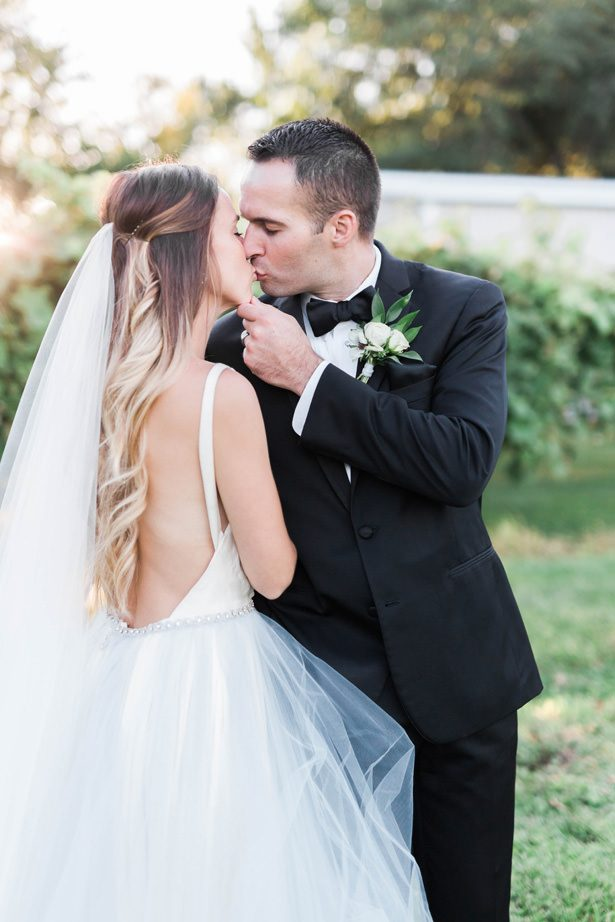 wedding kiss - Sarah Sunstrom Photography