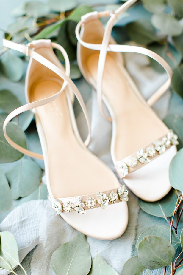 wedding shoes - Bethanne Arthur Photography