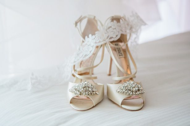 wedding shoes - Nichanh Nicole Photos