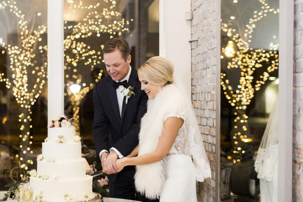 Wedding faux white fur - Aislinn Kate Photography