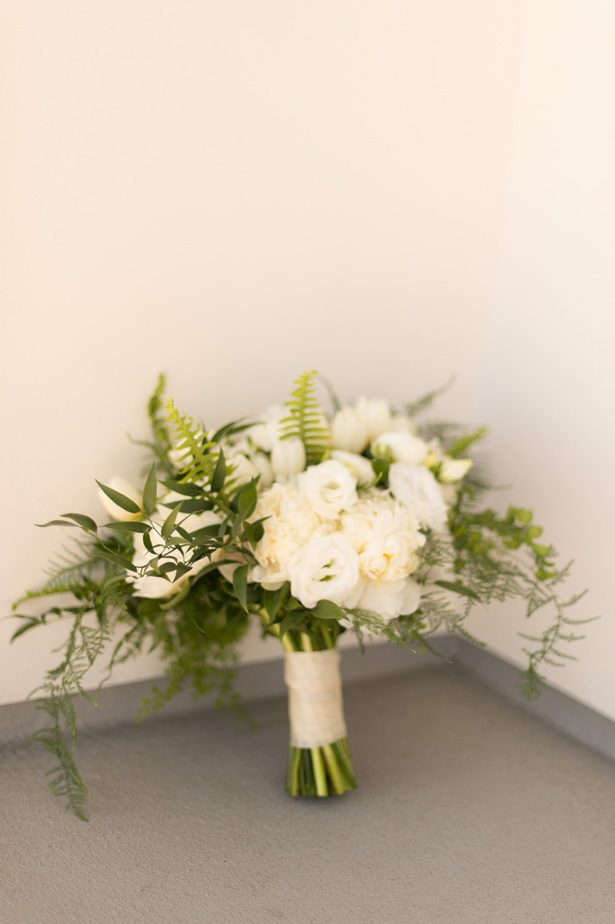 White rose wedding bouquet - Studio EMP
