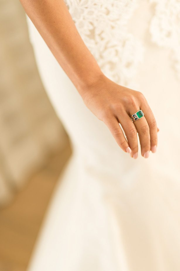 emerald wedding ring - Studio EMP