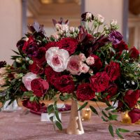 Low red Wedding rose centerpiece - Milanes Photography