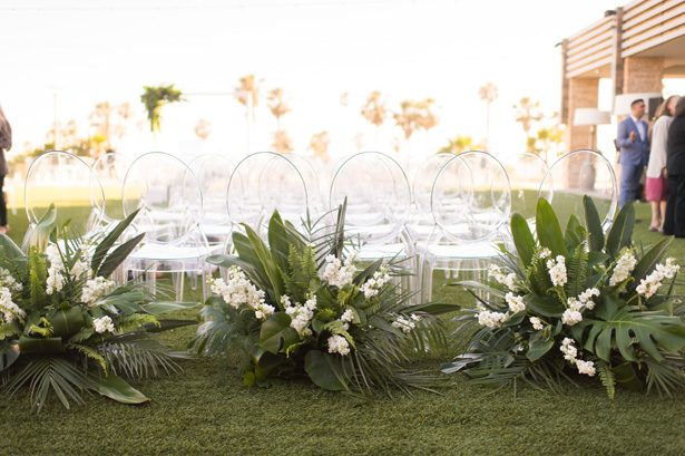 tropical wedding ceremony decor - Studio EMP