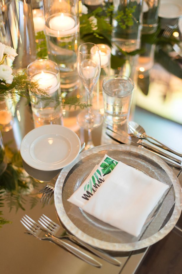 tropical wedding place setting - Studio EMP