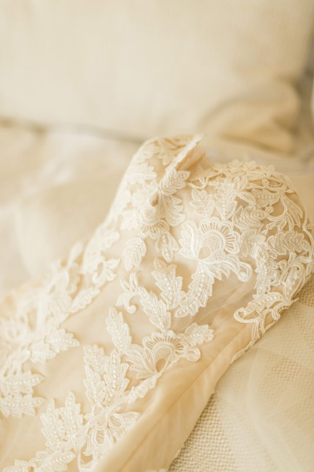 wedding dress lace - Studio EMP