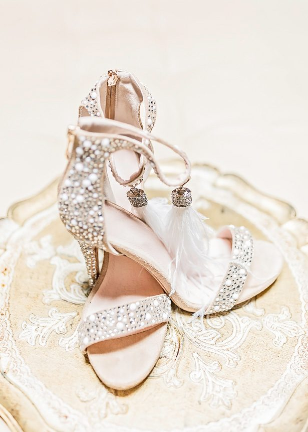 Glamorous wedding shoes - Photography: Sarah Casile Weddings