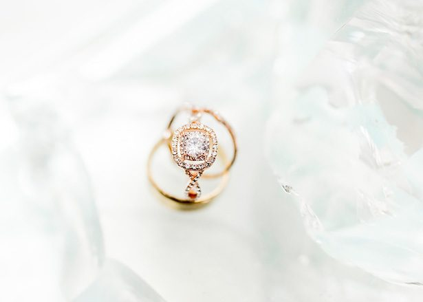 Gold and diamond wedding ring  - Photography: Sarah Casile Weddings